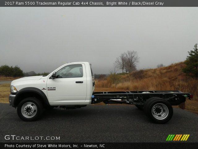 2017 Ram 5500 Tradesman Regular Cab 4x4 Chassis in Bright White