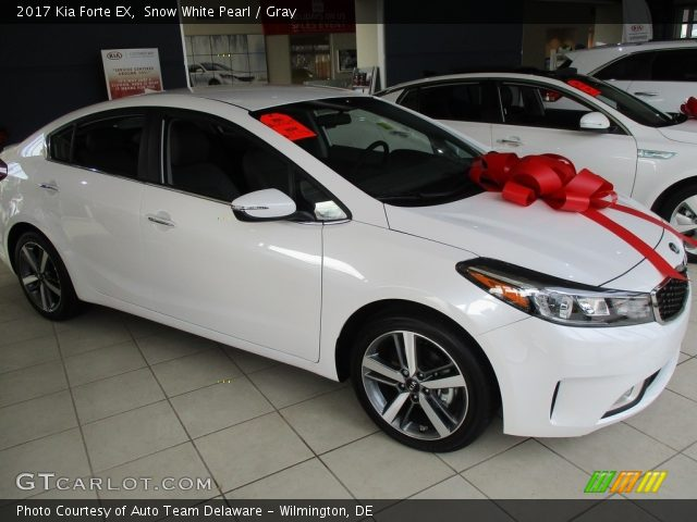 2017 Kia Forte Ex In Snow White Pearl