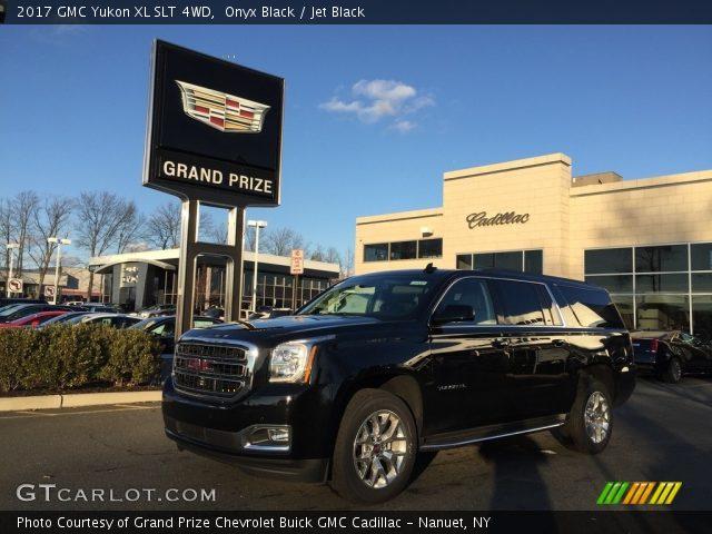 2017 GMC Yukon XL SLT 4WD in Onyx Black