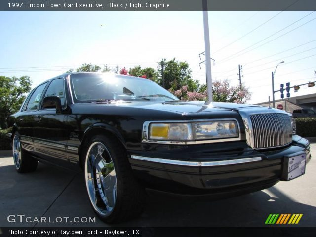 1997 lincoln town car limo. Black 1997 Lincoln Town Car