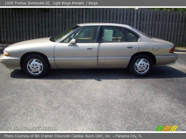 1995 Pontiac Bonneville SE in Light Beige Metallic. Click to see large ...