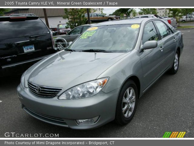 mineral green opalescent 2005 toyota camry xle v6 taupe interior vehicle. Black Bedroom Furniture Sets. Home Design Ideas