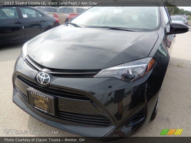 2017 Toyota Corolla LE in Black Sand Pearl