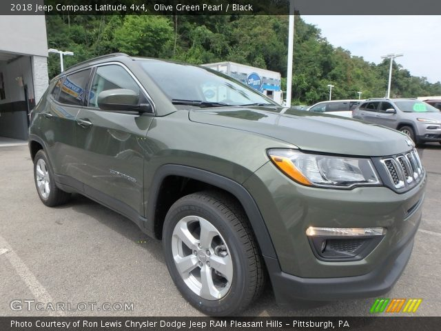2018 Jeep Compass Latitude 4x4 in Olive Green Pearl