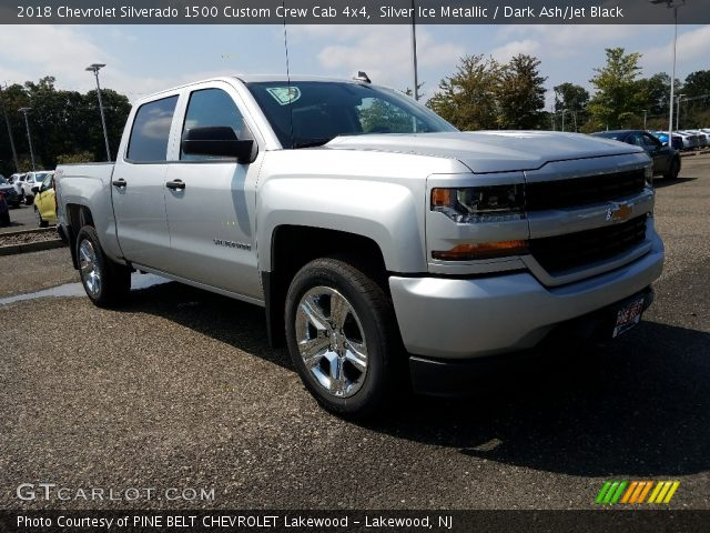 2018 Chevrolet Silverado 1500 Custom Crew Cab 4x4 in Silver Ice Metallic