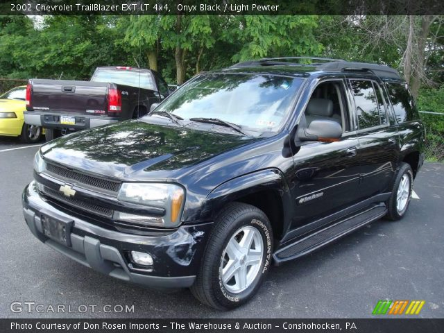 onyx black 2002 chevrolet trailblazer ext lt 4x4 light. Black Bedroom Furniture Sets. Home Design Ideas