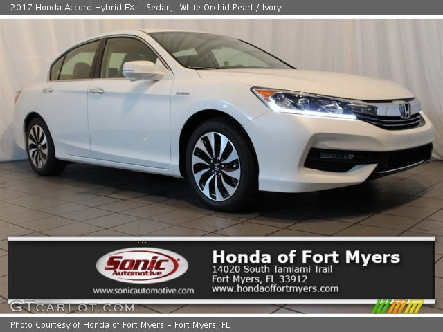 2017 Honda Accord Hybrid EX-L Sedan in White Orchid Pearl