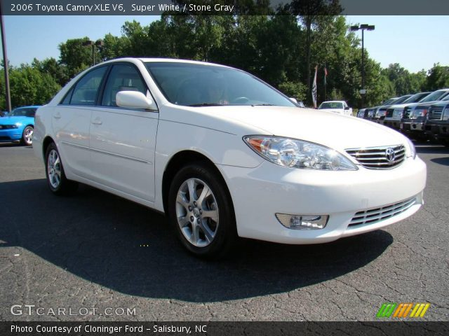 super white 2006 toyota camry xle v6 stone gray interior. Black Bedroom Furniture Sets. Home Design Ideas