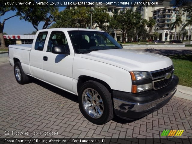 2007 Chevrolet Silverado 1500 Classic LS Extended Cab in Summit White