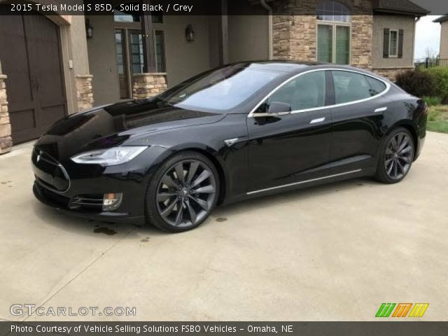 2015 Tesla Model S 85D in Solid Black