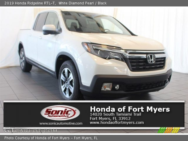 2019 Honda Ridgeline RTL-T in White Diamond Pearl