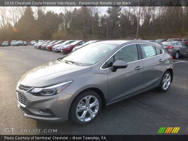 2018 Chevrolet Cruze Premier Hatchback in Pepperdust Metallic