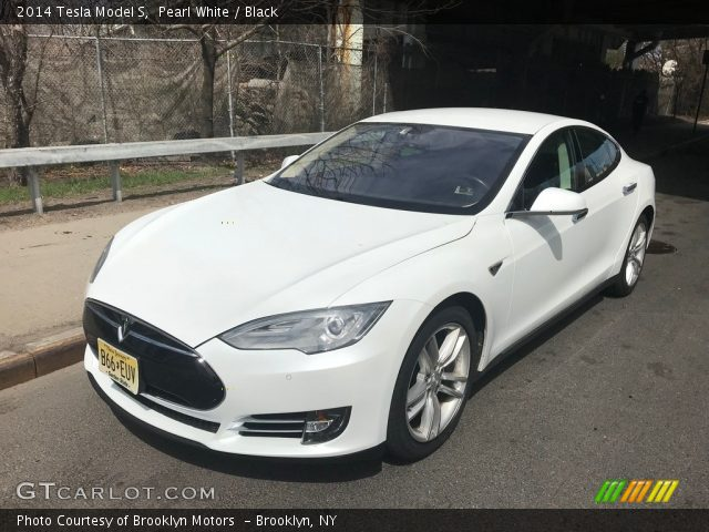 2014 Tesla Model S  in Pearl White