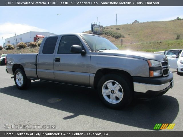 2007 Chevrolet Silverado 1500 Classic LS Extended Cab in Sandstone Metallic