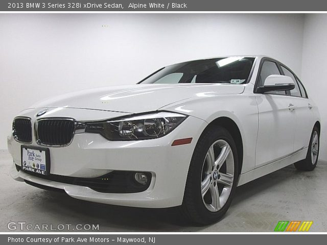 2013 BMW 3 Series 328i xDrive Sedan in Alpine White