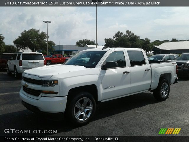 2018 Chevrolet Silverado 1500 Custom Crew Cab 4x4 in Summit White