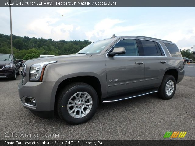 2019 GMC Yukon SLT 4WD in Pepperdust Metallic