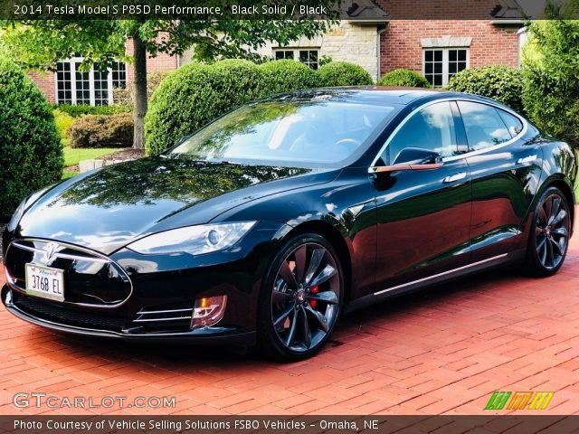 2014 Tesla Model S P85D Performance in Black Solid