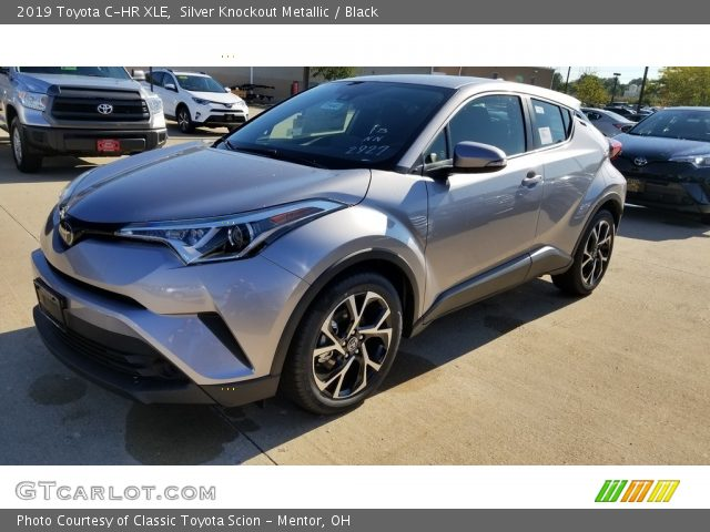 2019 Toyota C-HR XLE in Silver Knockout Metallic