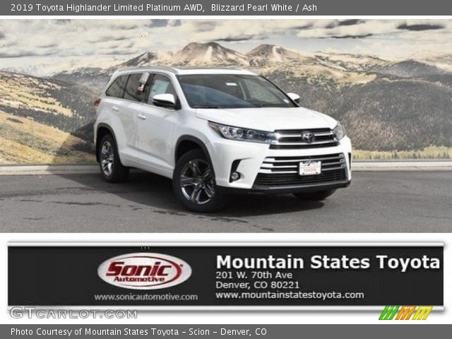 2019 Toyota Highlander Limited Platinum AWD in Blizzard Pearl White