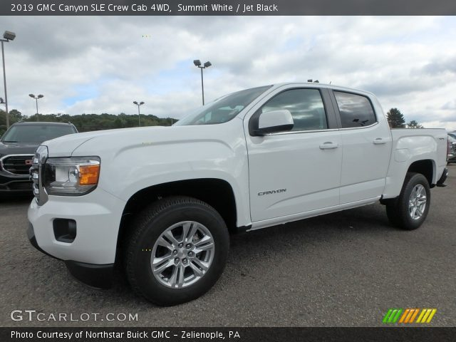 2019 GMC Canyon SLE Crew Cab 4WD in Summit White