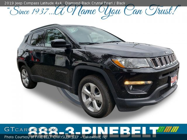 2019 Jeep Compass Latitude 4x4 in Diamond Black Crystal Pearl