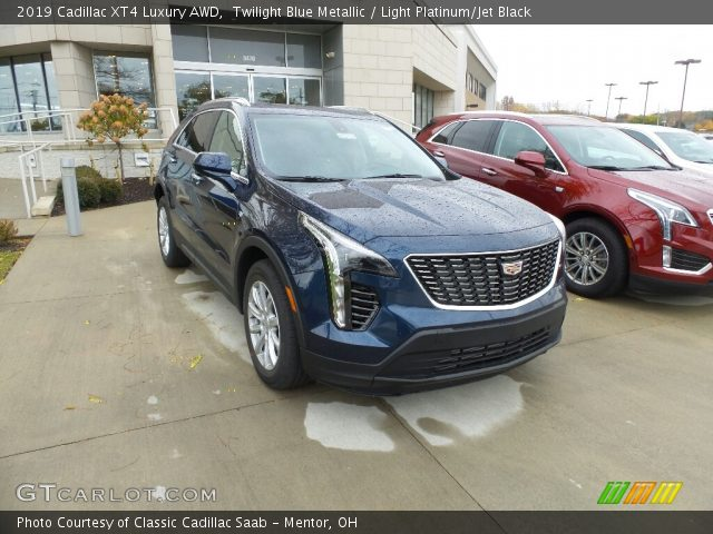 2019 Cadillac XT4 Luxury AWD in Twilight Blue Metallic
