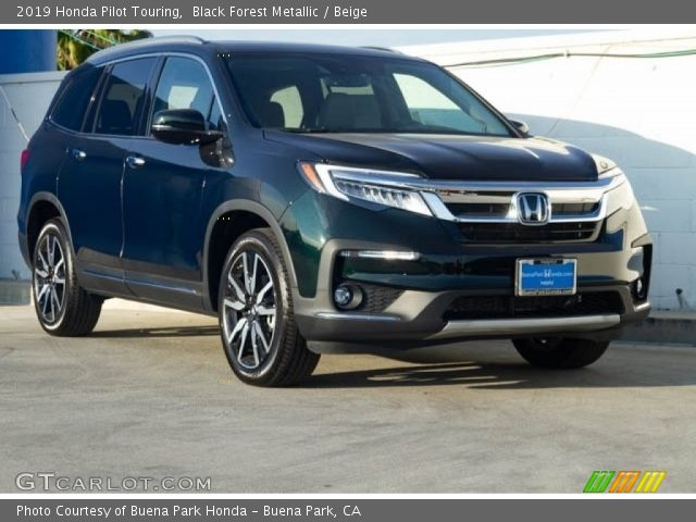 2019 Honda Pilot Touring in Black Forest Metallic