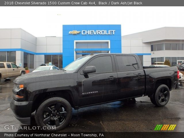 2018 Chevrolet Silverado 1500 Custom Crew Cab 4x4 in Black