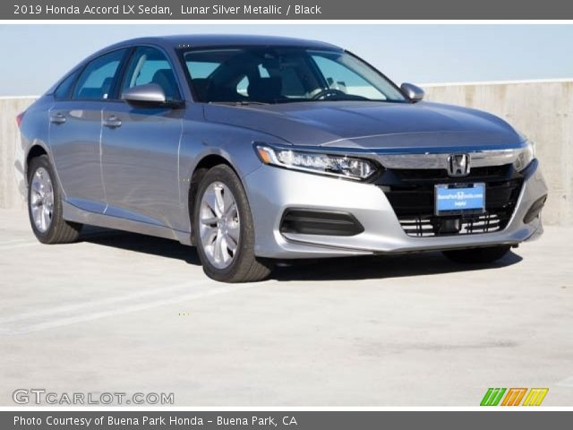 2019 Honda Accord LX Sedan in Lunar Silver Metallic