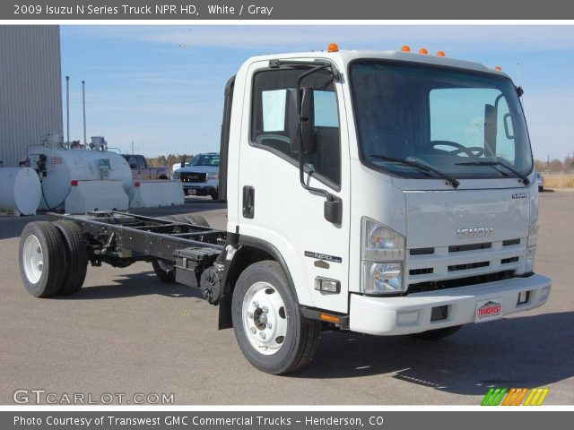 2009 Isuzu N Series Truck NPR HD in White