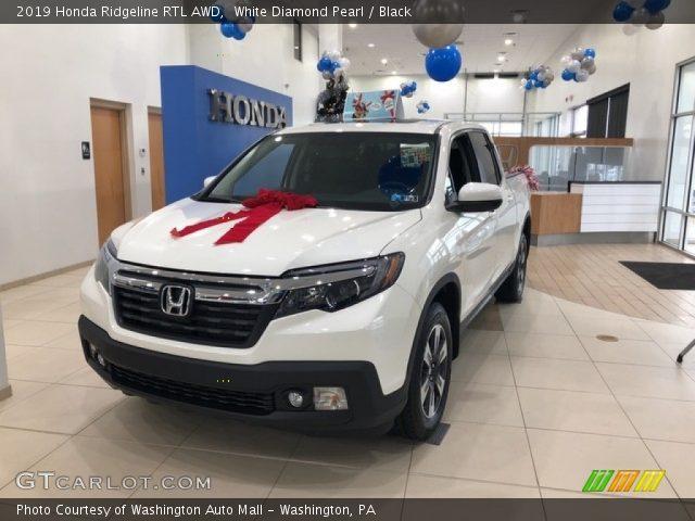 2019 Honda Ridgeline RTL AWD in White Diamond Pearl