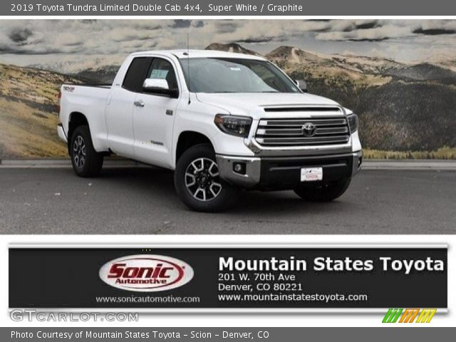 2019 Toyota Tundra Limited Double Cab 4x4 in Super White