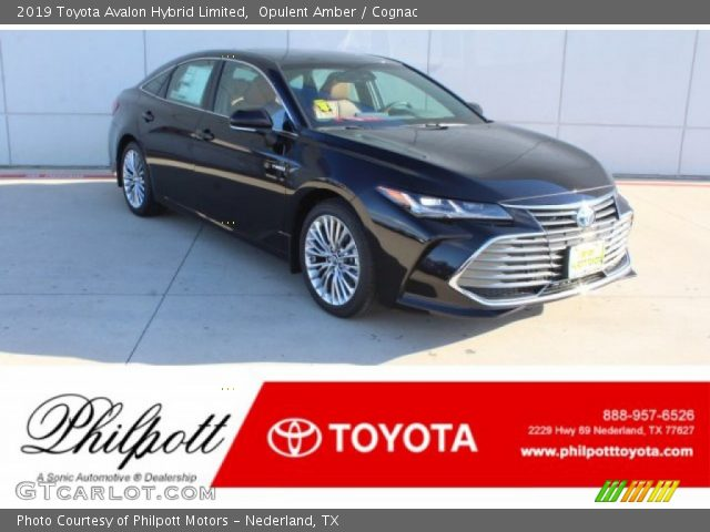 2019 Toyota Avalon Hybrid Limited in Opulent Amber