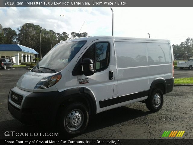 2019 Ram ProMaster 1500 Low Roof Cargo Van in Bright White