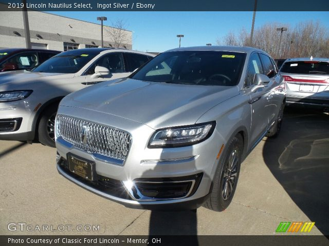 2019 Lincoln Nautilus Select in Ingot Silver