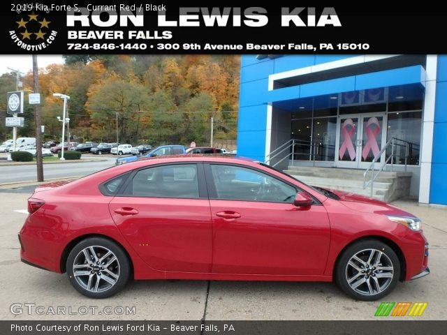 2019 Kia Forte S in Currant Red