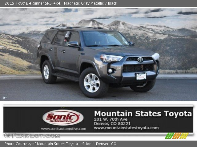 2019 Toyota 4Runner SR5 4x4 in Magnetic Gray Metallic