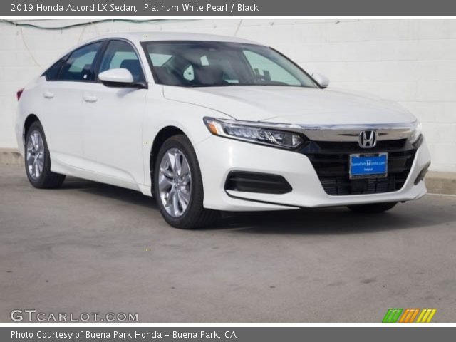 2019 Honda Accord LX Sedan in Platinum White Pearl