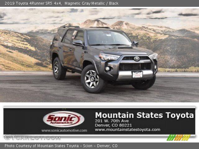 2019 Toyota 4Runner SR5 4x4 in Magnetic Gray Metallic