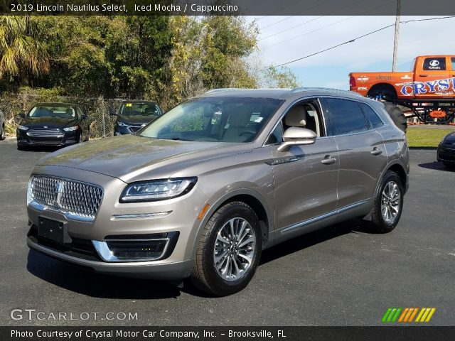 2019 Lincoln Nautilus Select in Iced Mocha