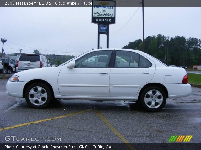 cloud white 2005 nissan sentra 1 8 s taupe interior. Black Bedroom Furniture Sets. Home Design Ideas