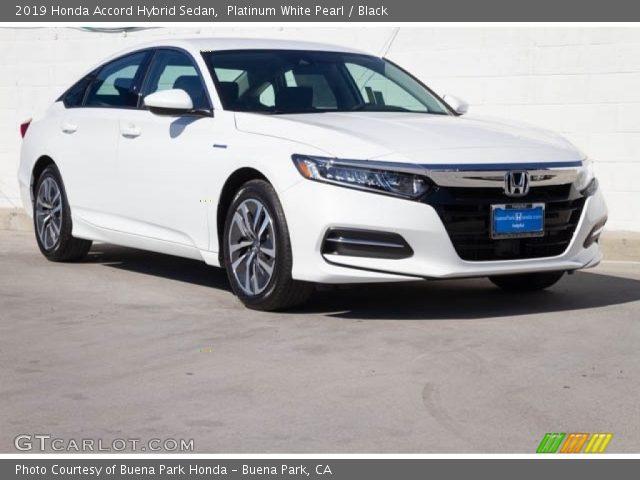 2019 Honda Accord Hybrid Sedan in Platinum White Pearl