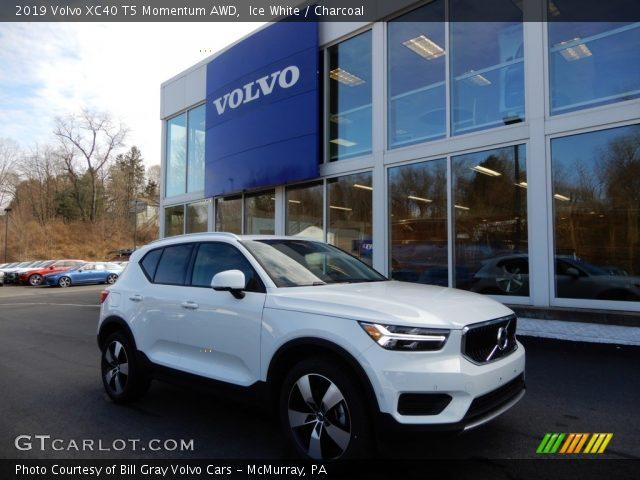 2019 Volvo XC40 T5 Momentum AWD in Ice White