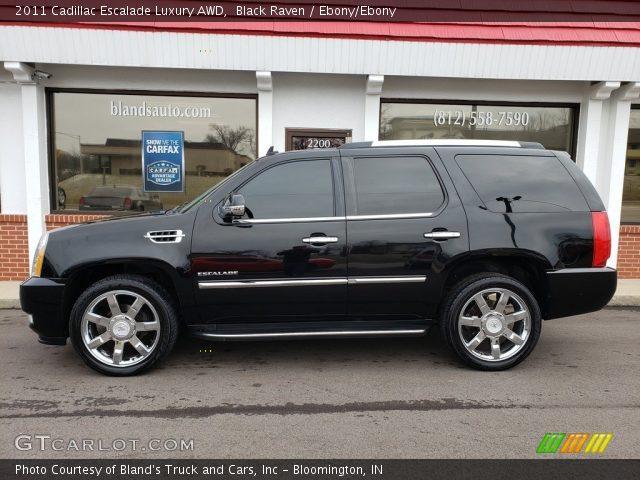 2011 Cadillac Escalade Luxury AWD in Black Raven