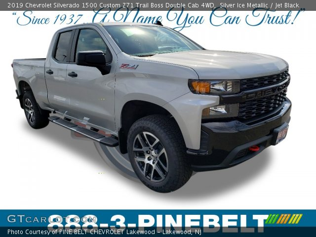 2019 Chevrolet Silverado 1500 Custom Z71 Trail Boss Double Cab 4WD in Silver Ice Metallic