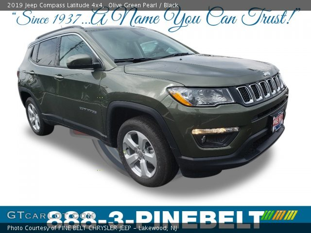2019 Jeep Compass Latitude 4x4 in Olive Green Pearl