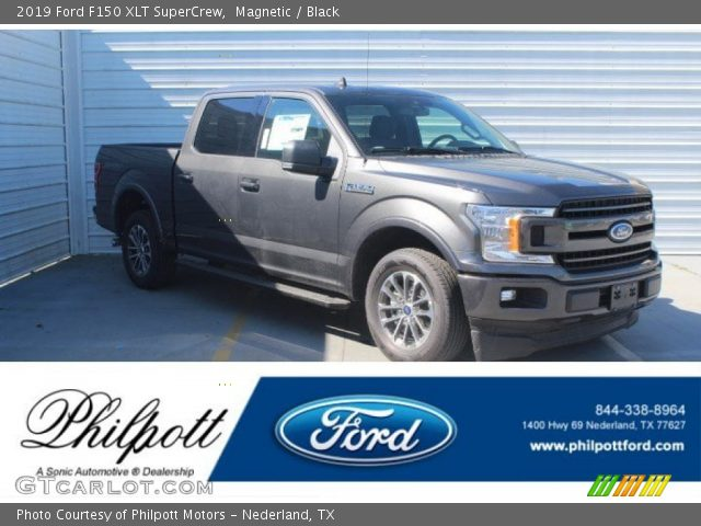 2019 Ford F150 XLT SuperCrew in Magnetic