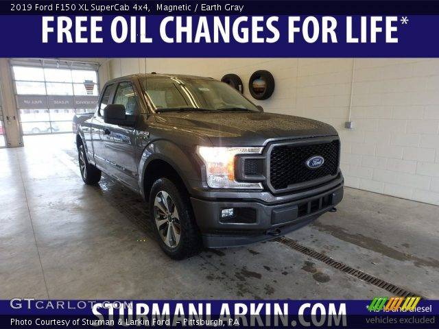 2019 Ford F150 XL SuperCab 4x4 in Magnetic