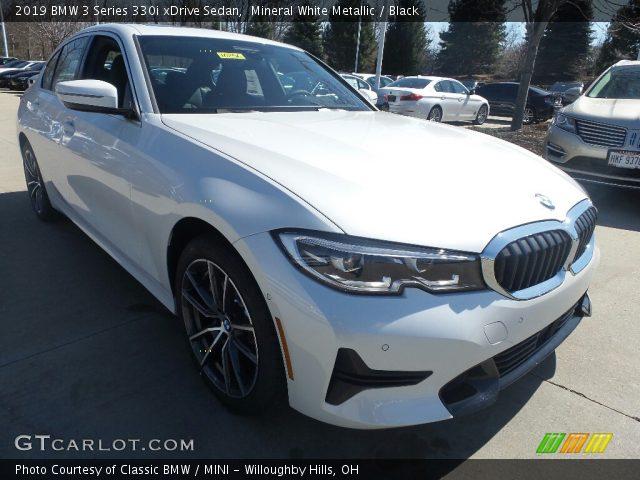 2019 BMW 3 Series 330i xDrive Sedan in Mineral White Metallic